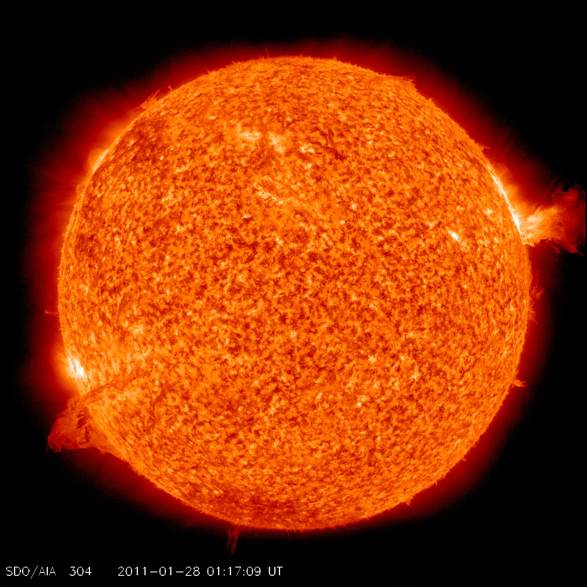 http://sdo.gsfc.nasa.gov/assets/img/browse/2011/01/28/20110128_011709_2048_0304.jpg
