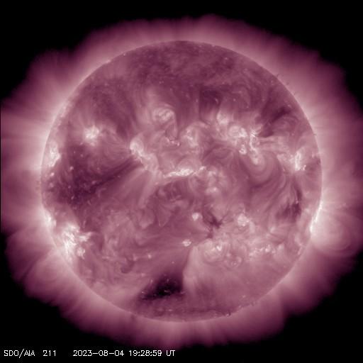 Vlnová délka 21,1 nm, koróna, charakteristická teplota: 2 000 000 K